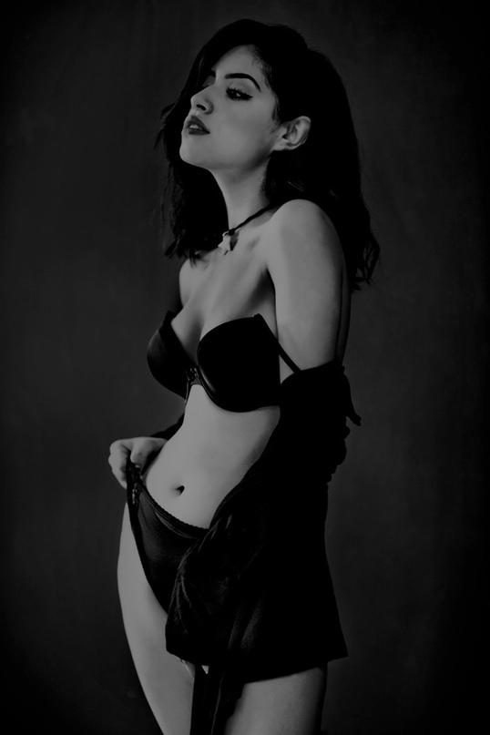 The Portrait Project «Black Moon»